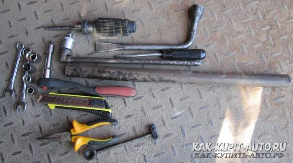 Ключи для замены рулевой рейки Калины