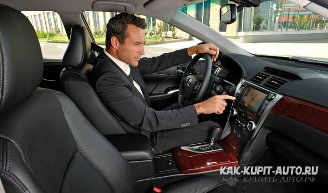 Как купить новое авто Осмотр салона