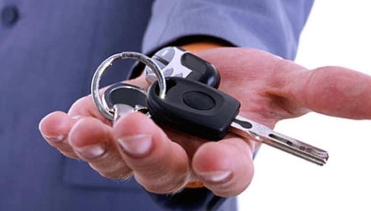 Нужны ли права для покупки автомобиля