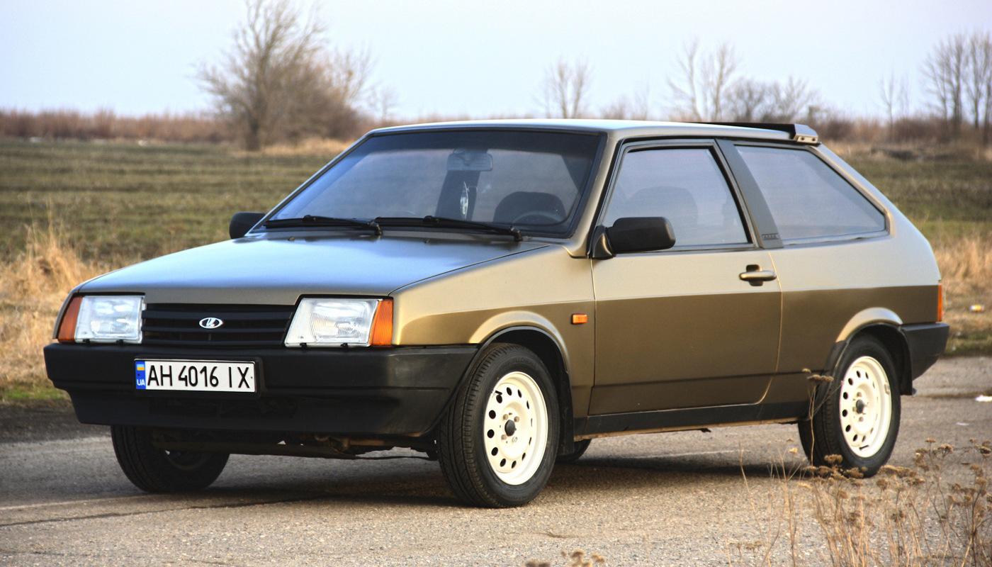 """Lada Samara - """"восьмерка"""" с """"длинным крылом"""""""